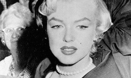 Marilyn Monroe and her love of pearls