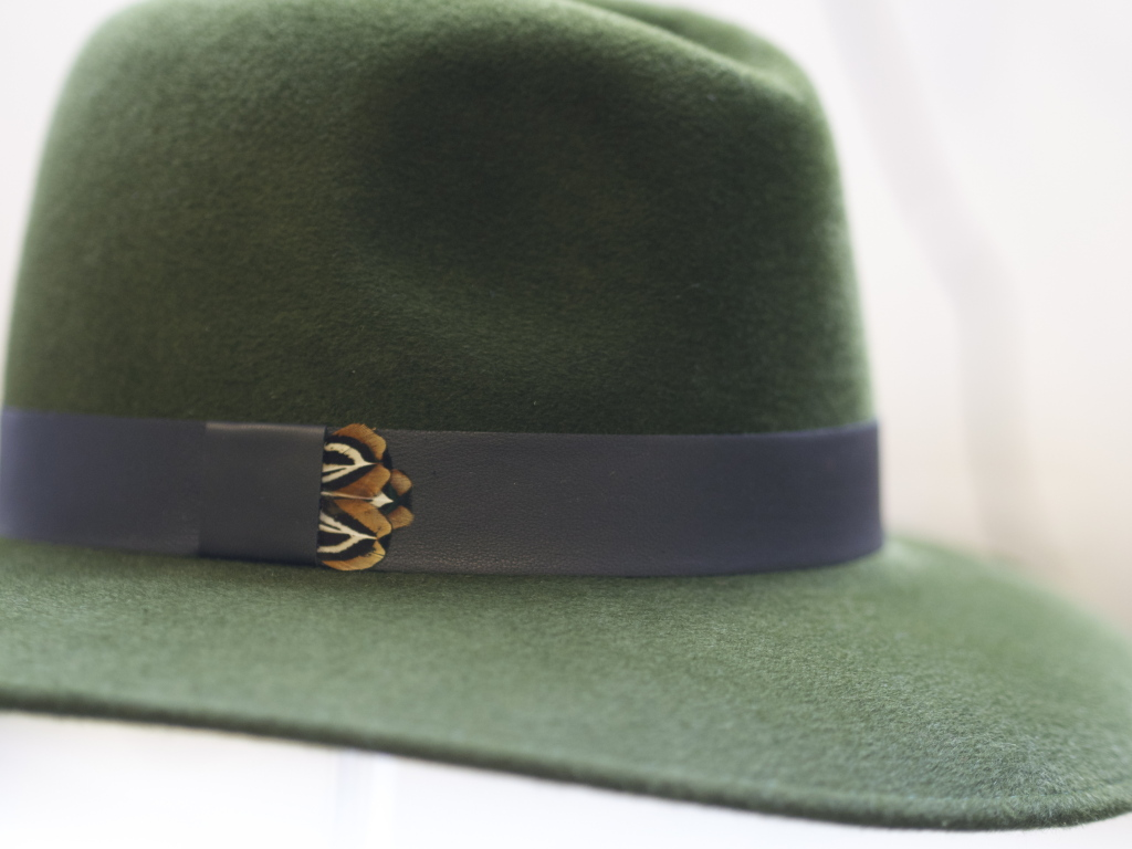 Willow Fedora in Green with leather and pheasant band